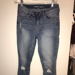 Medium Wash Ripped Knee Jeans